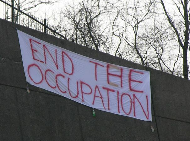 Anti-war banners gre...