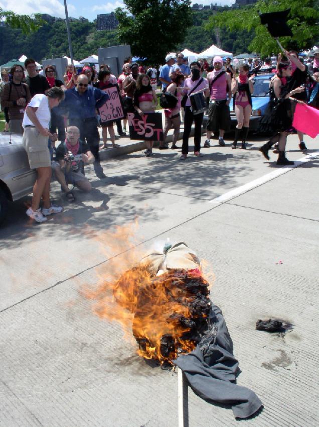 The Burning of Santo...