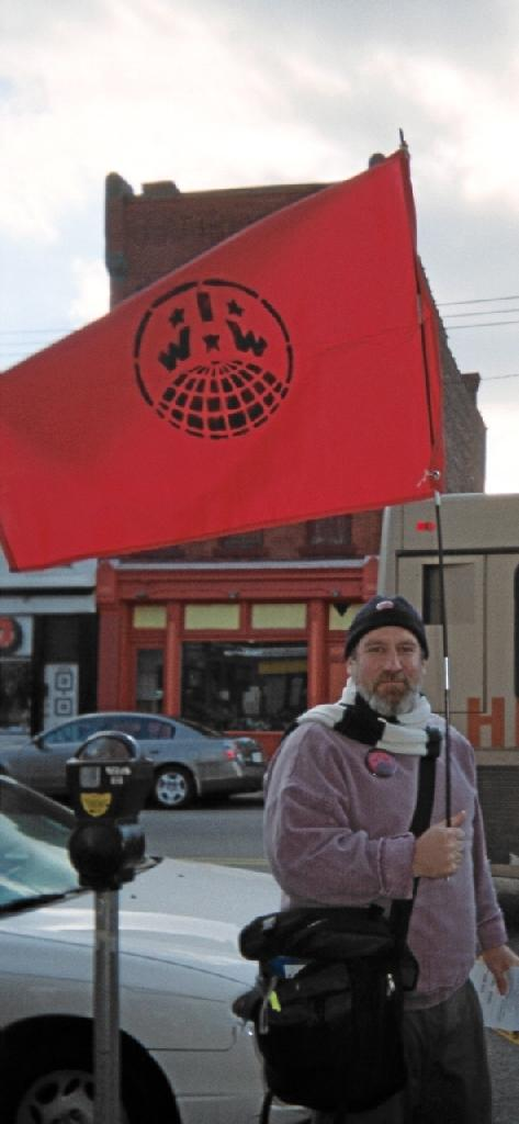 IWW Flag flies to pr...