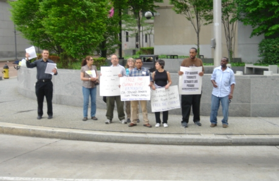 Group protests the r...